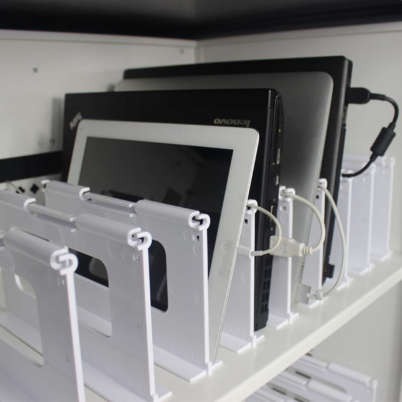 Rodante para el transporte de Equipos Portatiles y Tablets