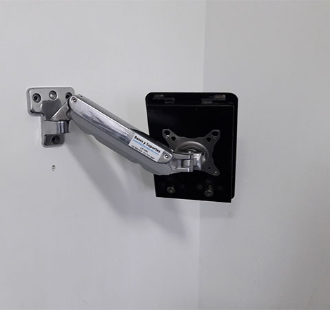 Soporte pared brazo antirrobo para tablets ipads