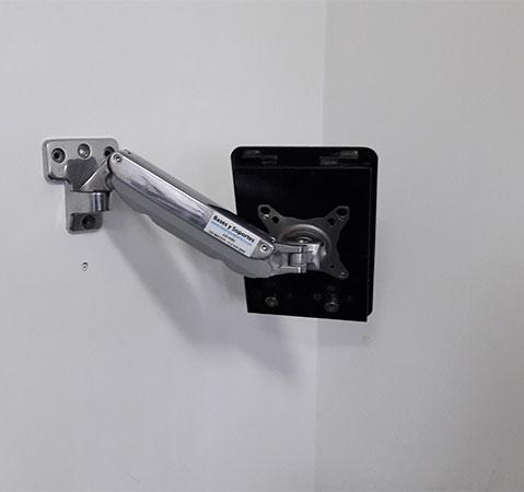 Soporte pared de brazo antirrobo para tablets ipads for Soporte tablet pared